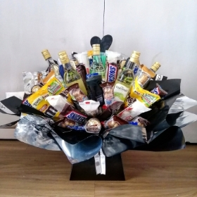 Deluxe Chocolate & Wine Bouquet